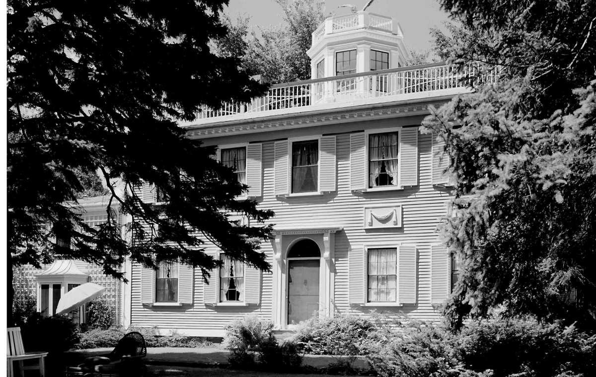 Thomas McCobb's Mansion
