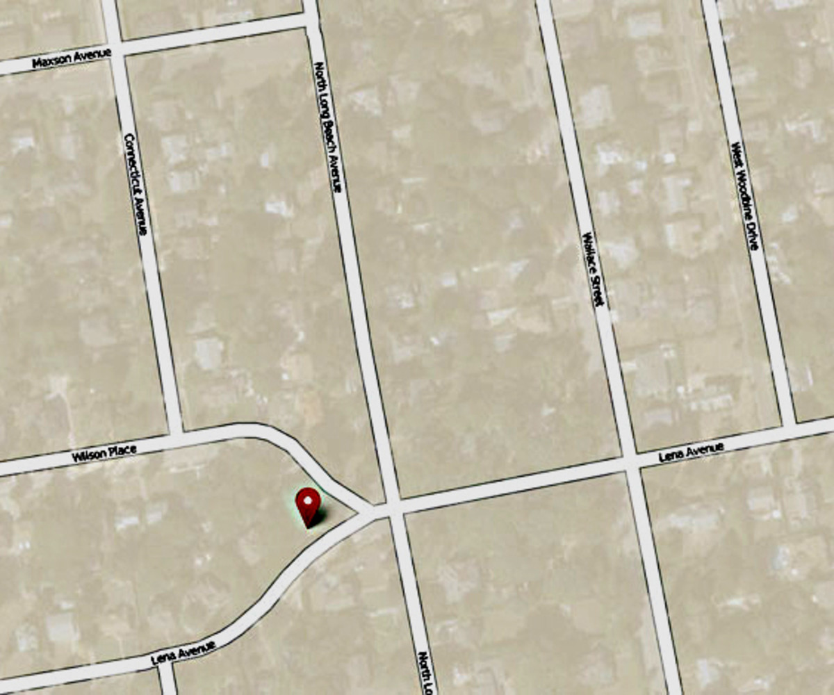 This map shows the location of John J Randall's house - and its implications for Freeport's well ordered street plan