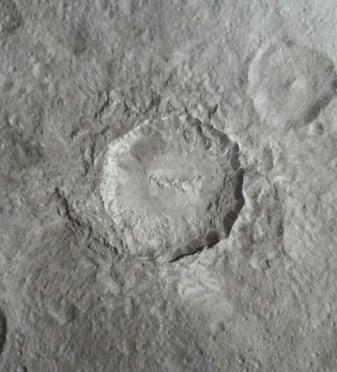 Haulani Crater
