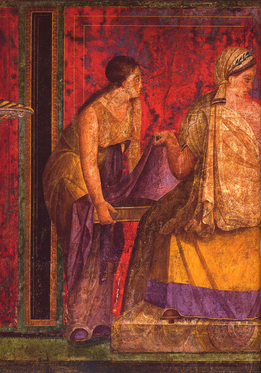 Woman wearing a tunic, and the other one in a stola, fresco from Pompeii