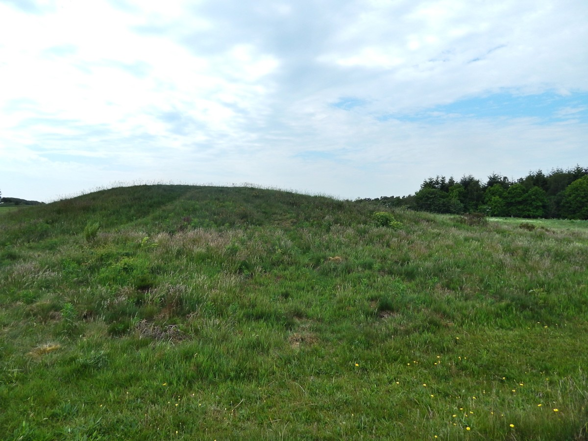 Burial mound at Stendysserne Tustrup. Do trolls live here?
