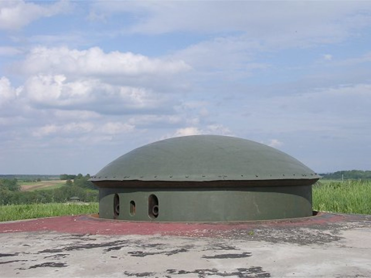 Mixed Weapons turret part of the Maginot Line.