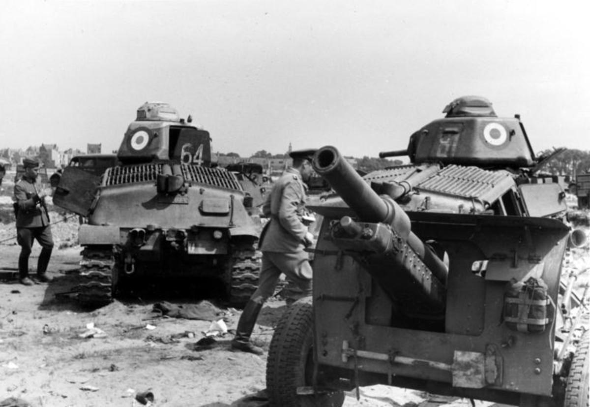 Abandoned French SU-35 medium tanks at Dunkirk.