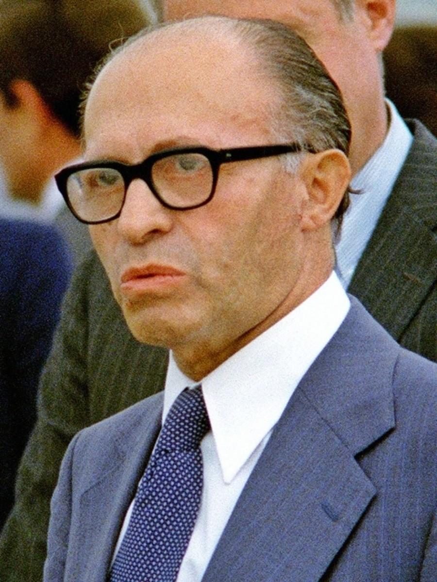 Camp David Peace Accords Jimmy Carter Anwar Sadat And Menachem Begin Owlcation
