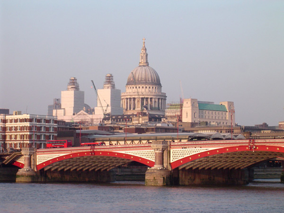 Blackfriars Bridge.