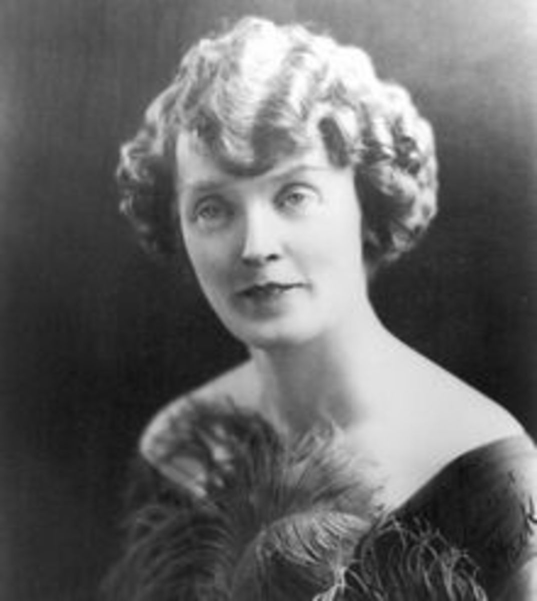 Numerous circus photos of Mabel Stark can be viewed on Pinterest. https://www.pinterest.com/gilon88/mabel-stark/?lp=true