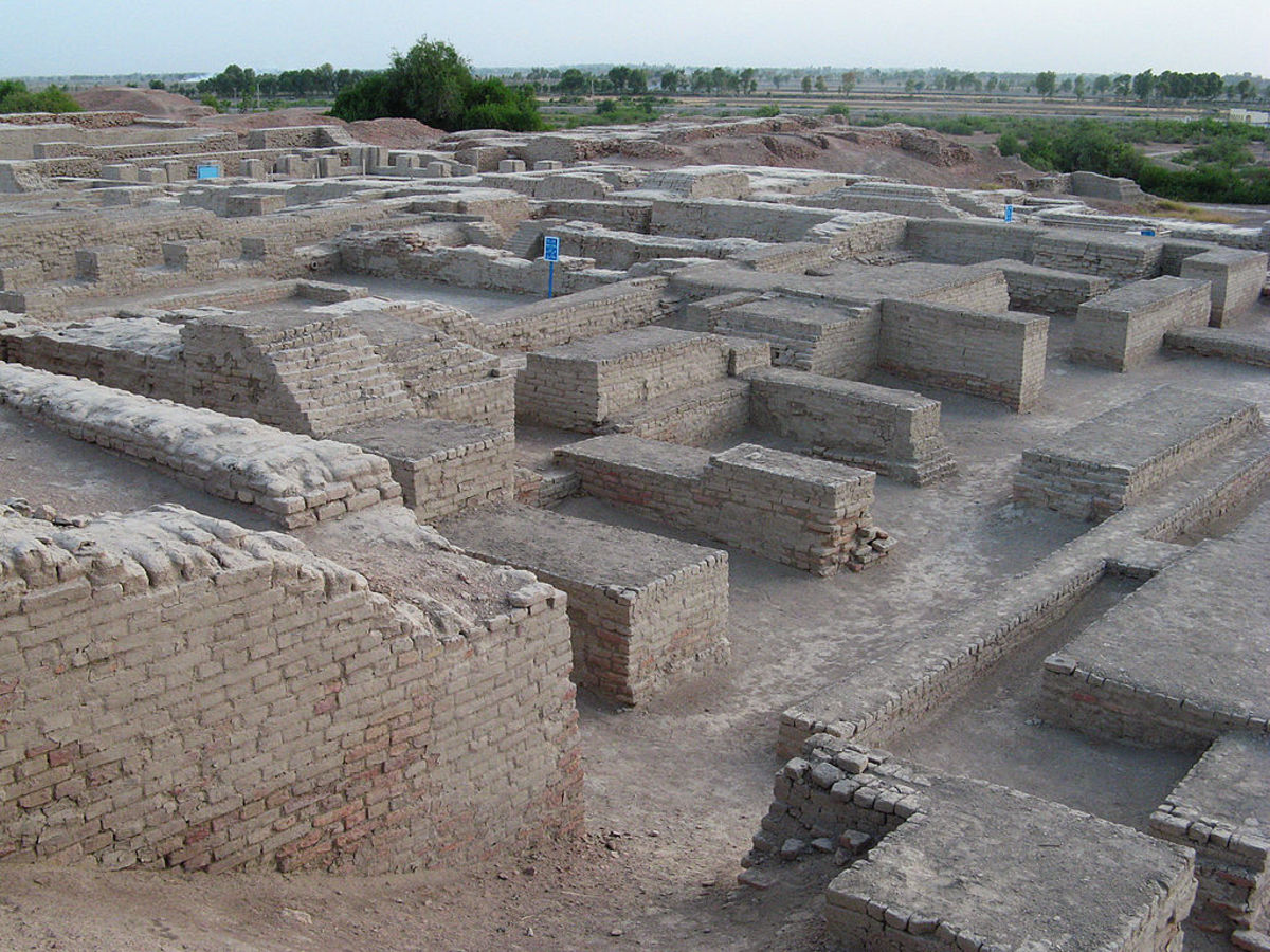 Ruins at Mohenjo-daro