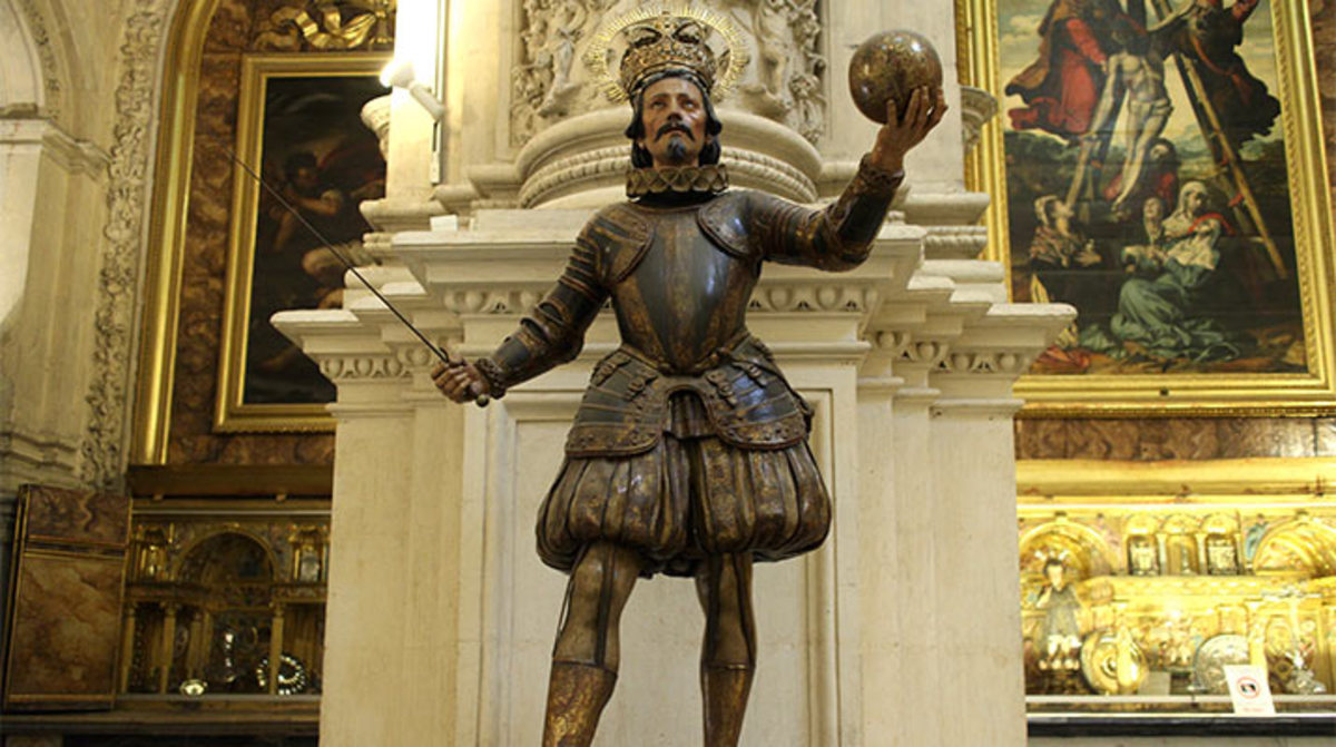 The statue of Ferdinand 3, King of Castile (1217-1252) and Leon  can be found in the Seville Cathedral in Spain
