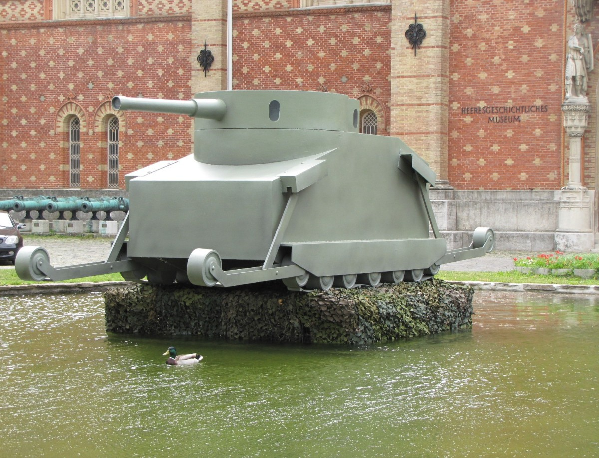 A model of the proposed tank. Perhaps it would have been a revolutionary tank with time and development, but a replacement for cavalry as a reconnaissance force in 1914? Certainly not! Armored cars though....