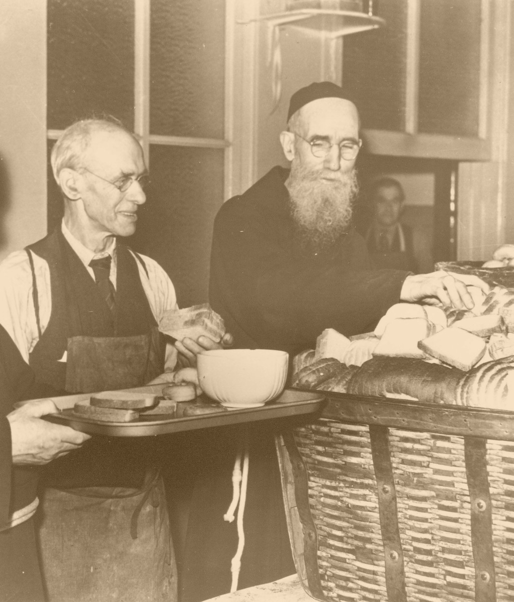 Blessed Solanus at the Soup Kitchen in 1942