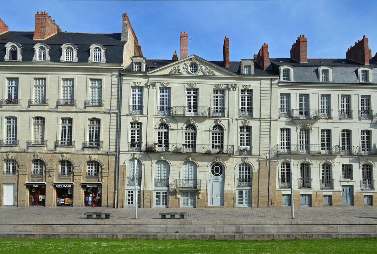 18th century façades in Nantes.