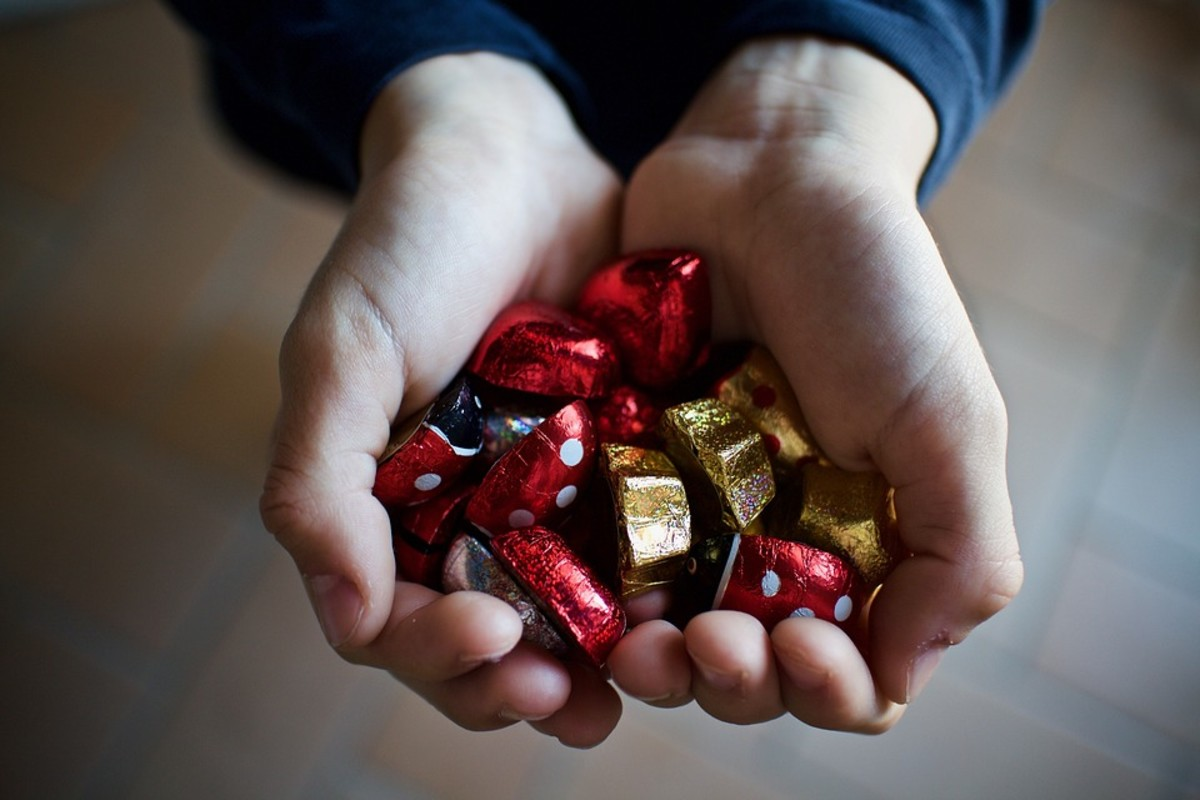 Chocolates are always a favorite reward, just be aware of any possible allergies.