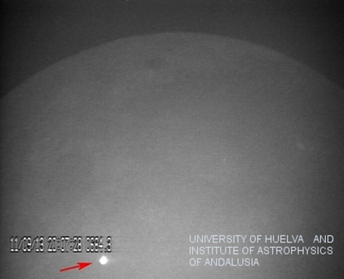 The impact of a large meteorite on the lunar surface on the 11 of September in 2013.