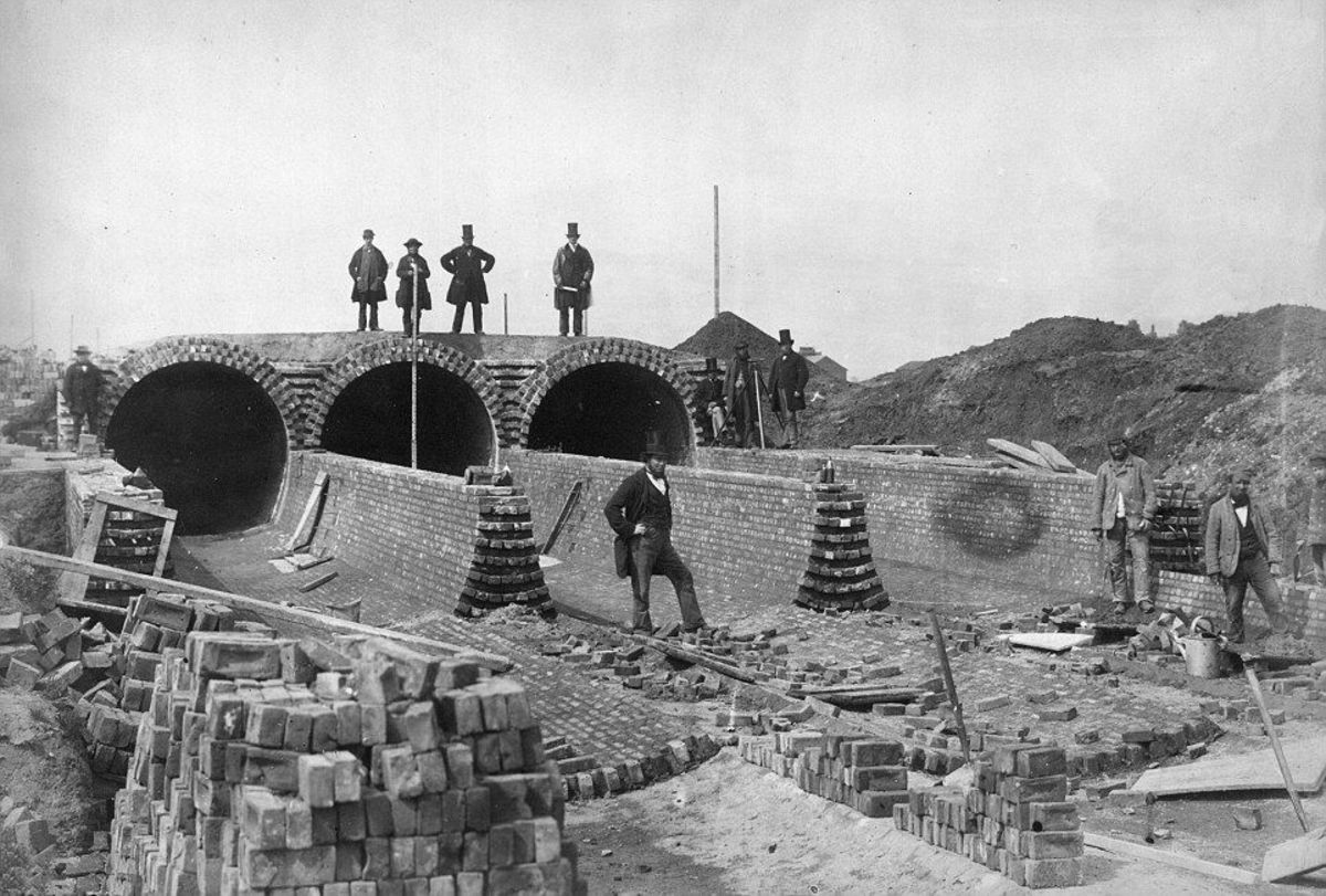 Construction of the sewer system in 1860.
