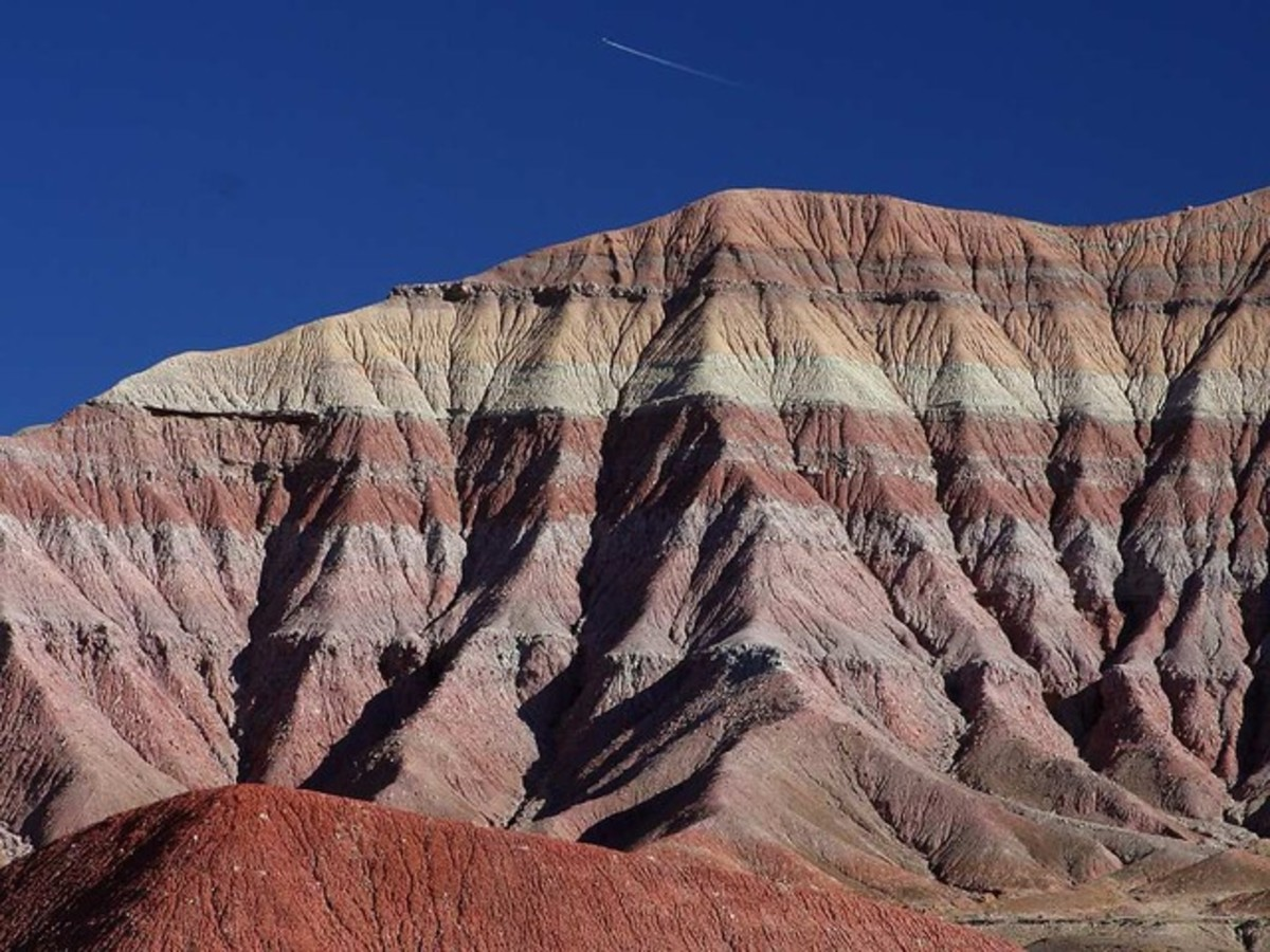 These sediments near Las Vegas were deposited horizontally and have remained that way over millions of years.