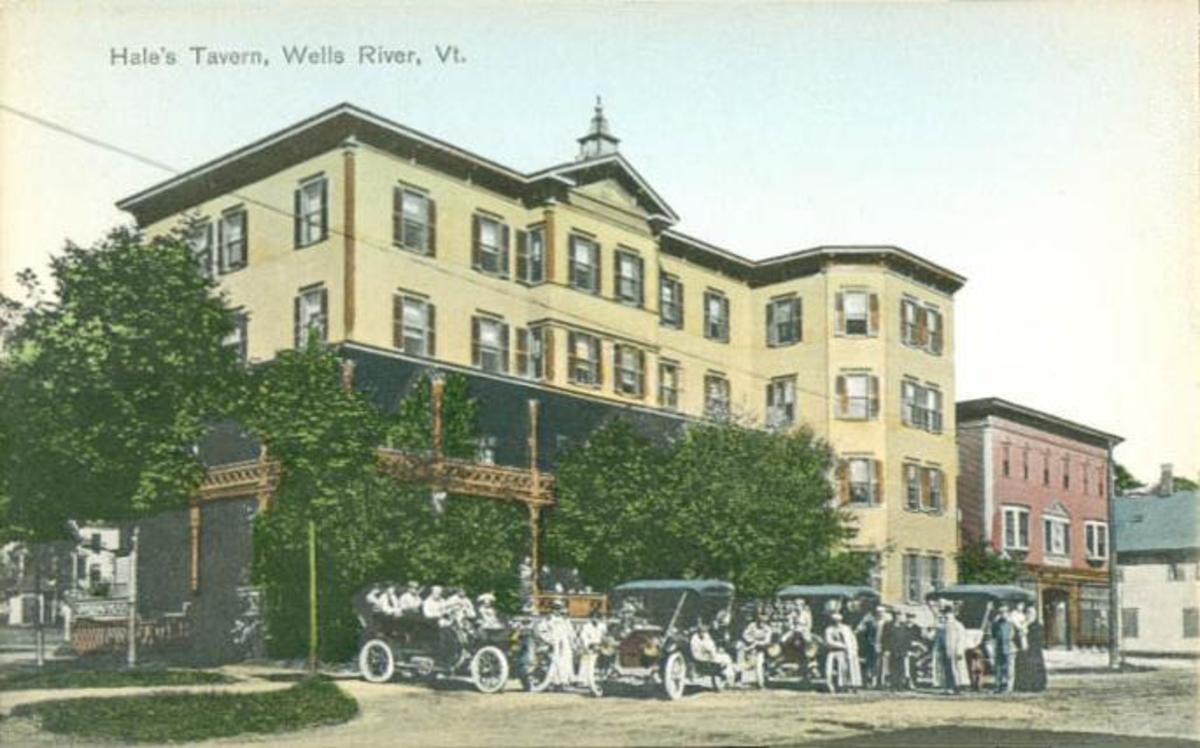 Hale's Tavern in 1915.