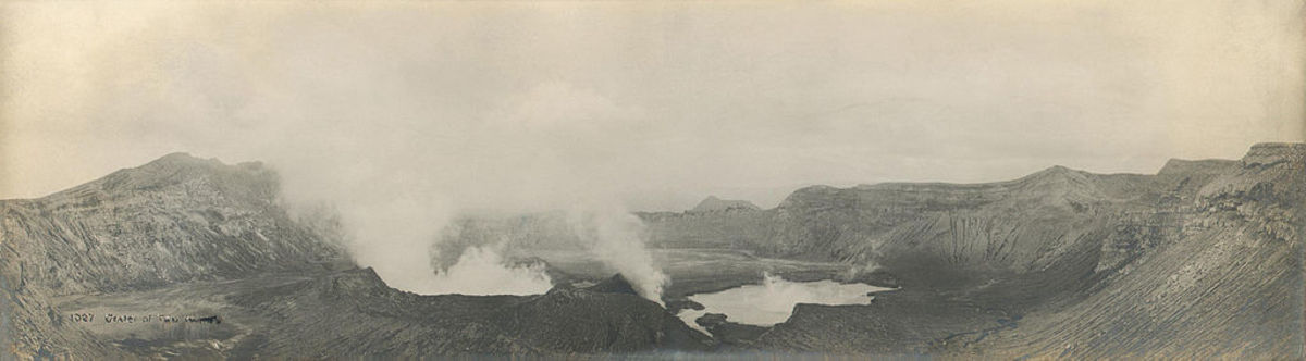 Photo of Taal volcano befor the 1911 eruption destroyed much of the summit. Please note this is the summit at Volcano Island. The island stills stands today