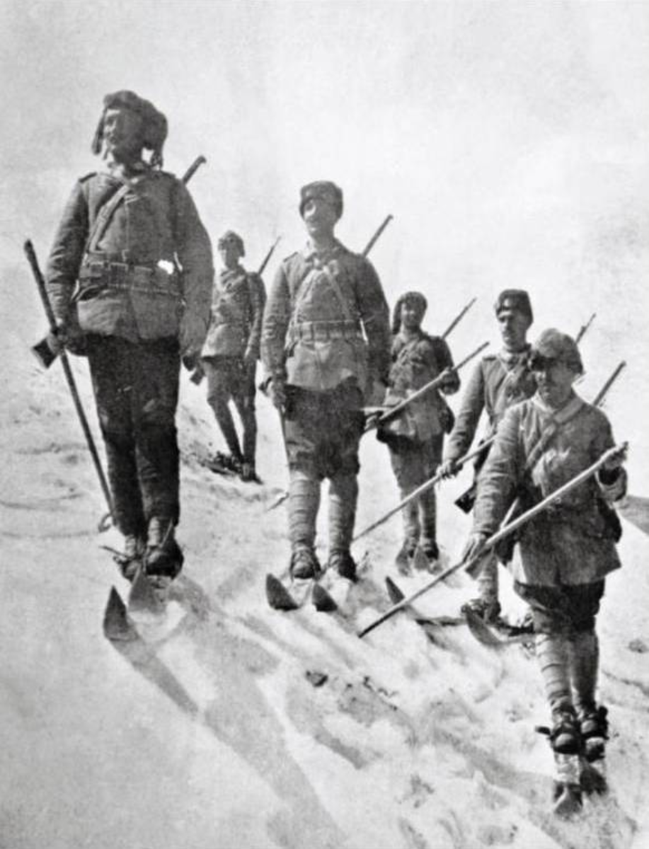 Ottoman troops in the snow during their catastrophic failed offensive of the Battle of Sarikamis.