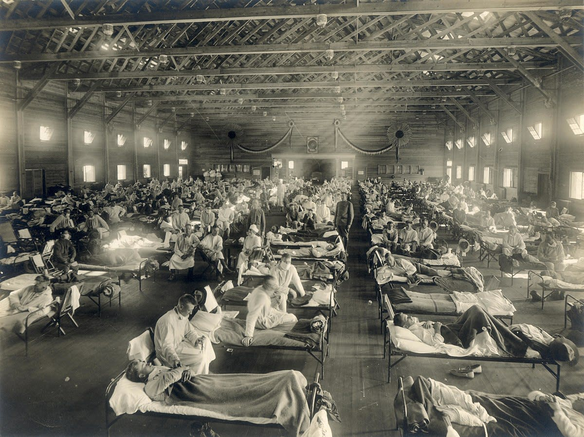 Emergency hospital during influenza epidemic at Camp Funston, Kansas.