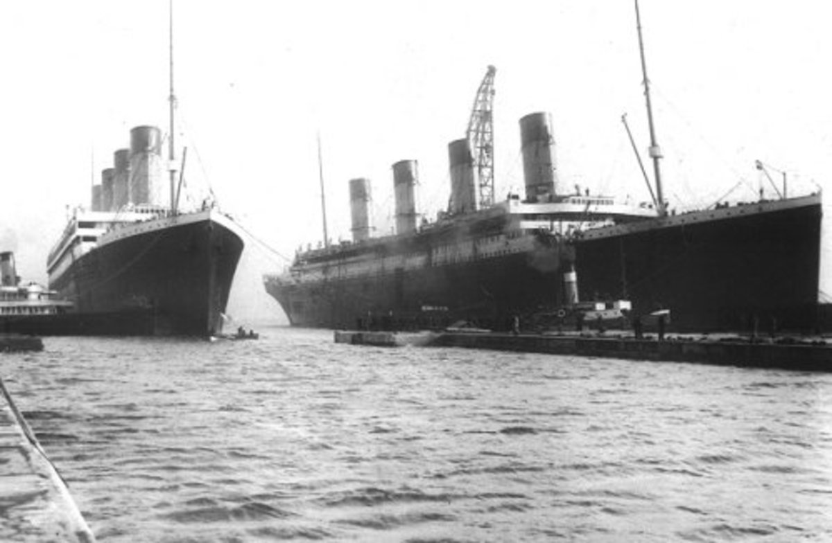 Olympic and Titanic side by side at Harland & Wolff