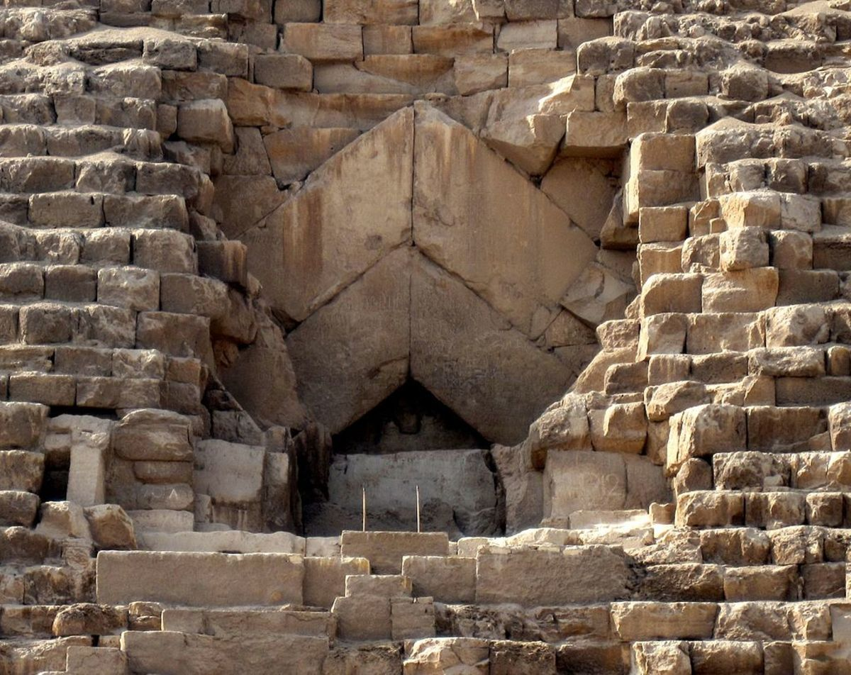 Entrance leading to the Grand Gallery in the Great Pyramid of Khufu