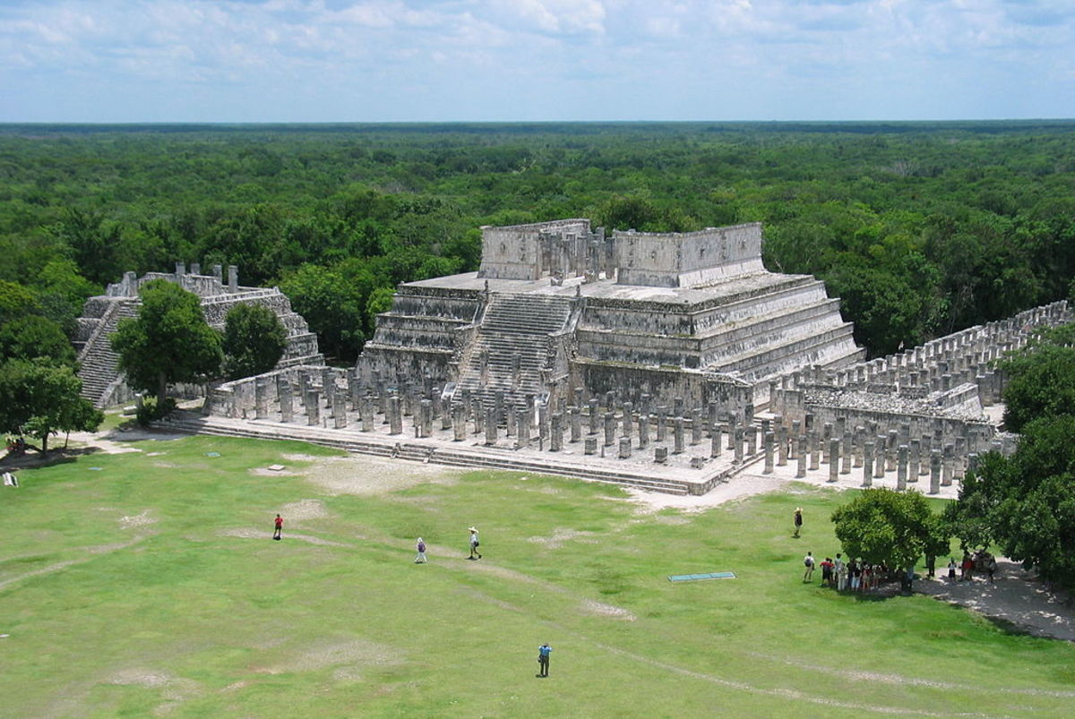Temple of the Warriors at Chichén Itzá