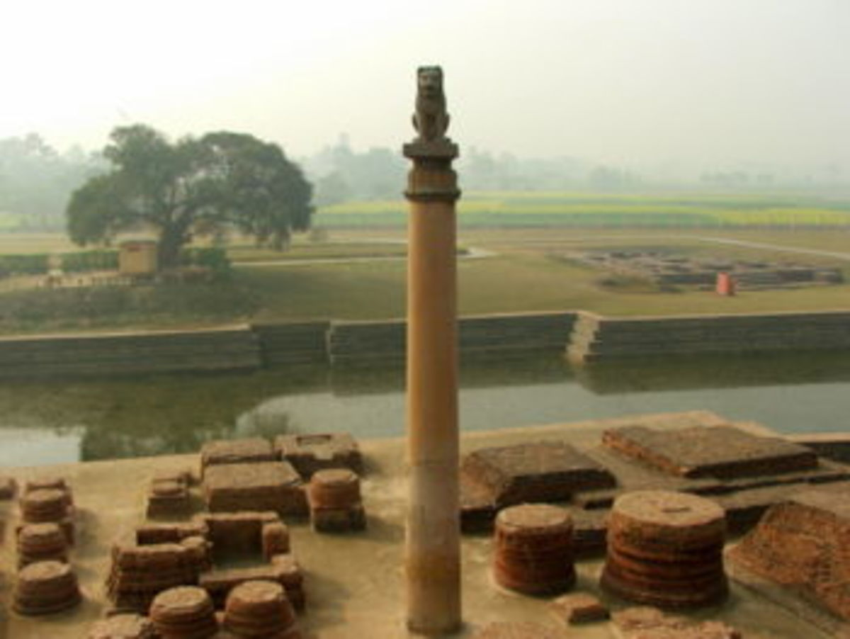 Asokan Pillar at Vaishali, the lion faces north, the direction Buddha went on his final journey