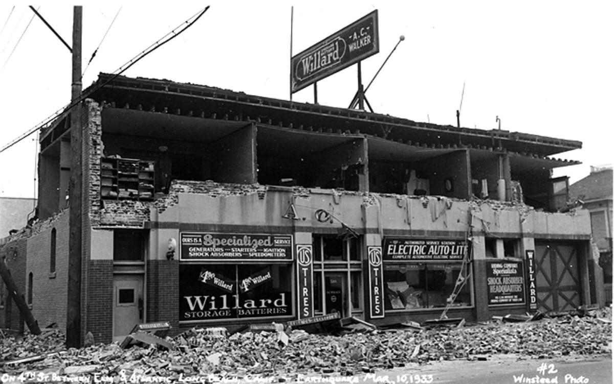 """On 4th St. between Elm & Atlantic, Long Beach, Calif. - #2 Winstead Photo""  (J. B. Macelwane archives, Saint Louis University)"