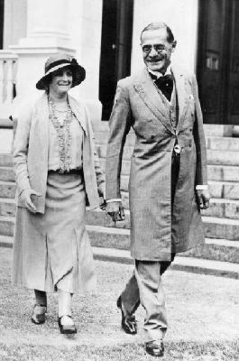 Earl and Countess Clarendon