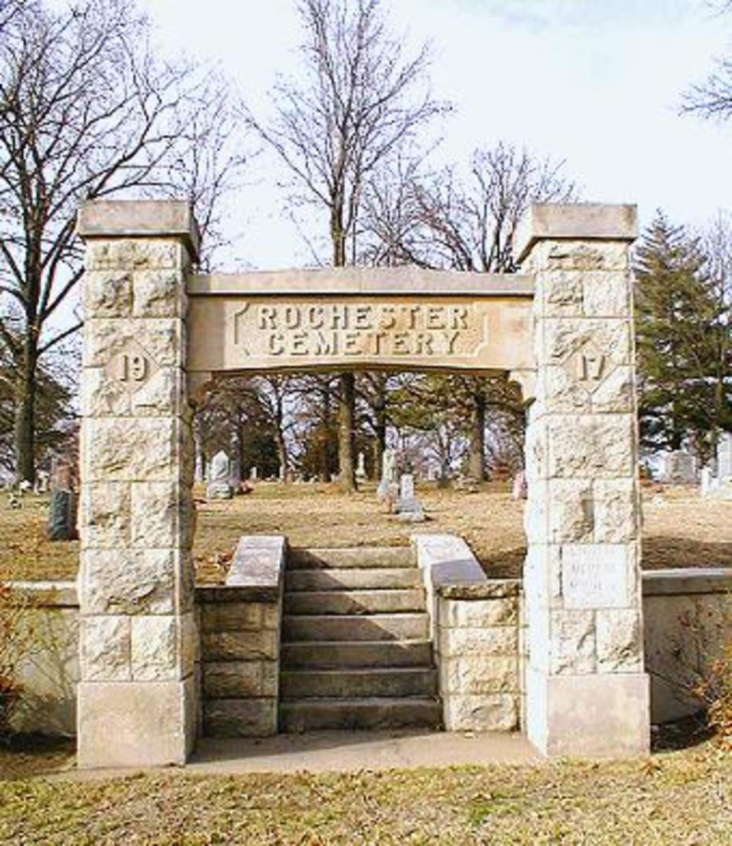 rochester-cemetery-more-than-just-the-ghost-of-albino-woman