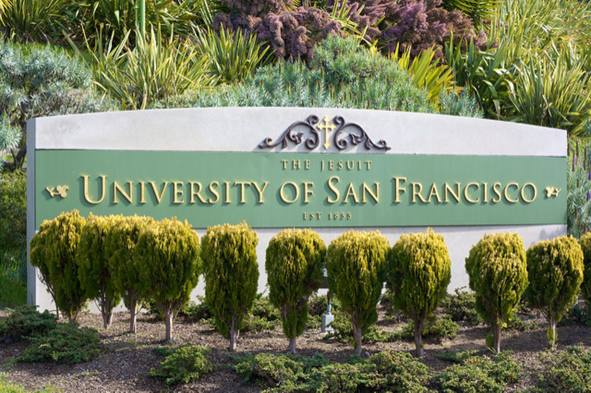 The Jesuit University of San Francisco was established in 1833.