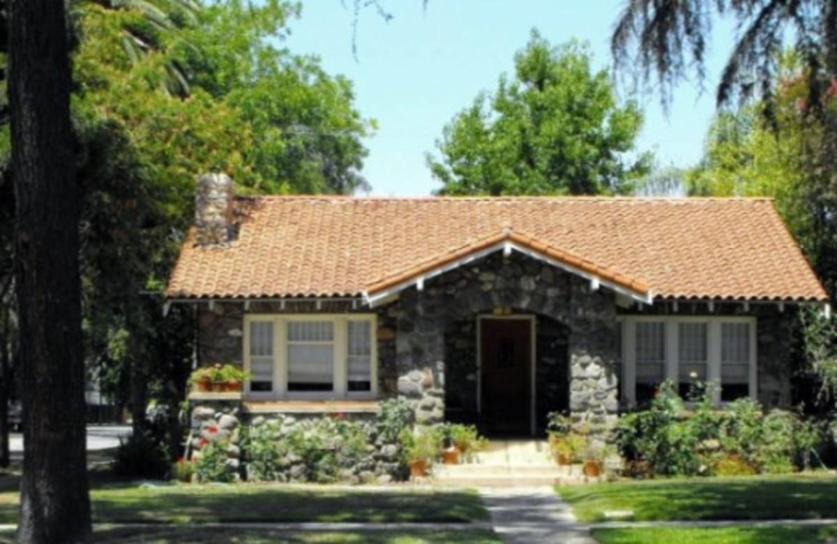 Vintage River Rock Homes In Los Angeles County