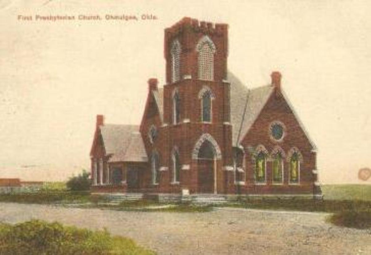First Pres. Church on 7th and Seminole. Postmarked 1909