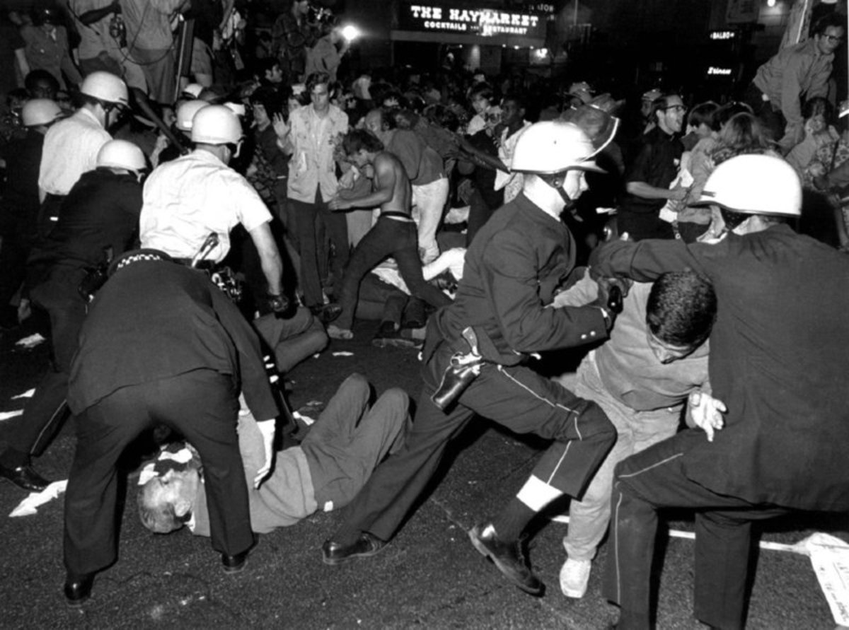 ANTI-WAR PROTESTERS RIOT IN 1968