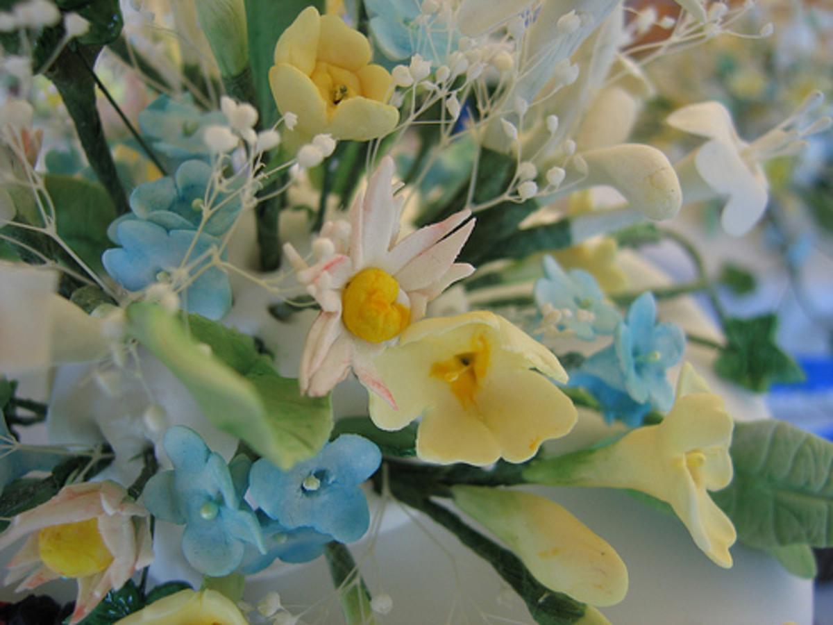 Handmade Sugar Flowers Are Popular Cake Decorations