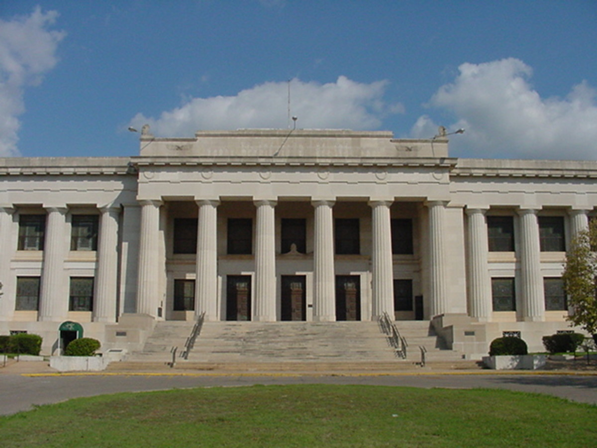 Old Scottish Rite Temple, often mistaken for former state capitol building. Guthrie, Oklahoma. c.1919.