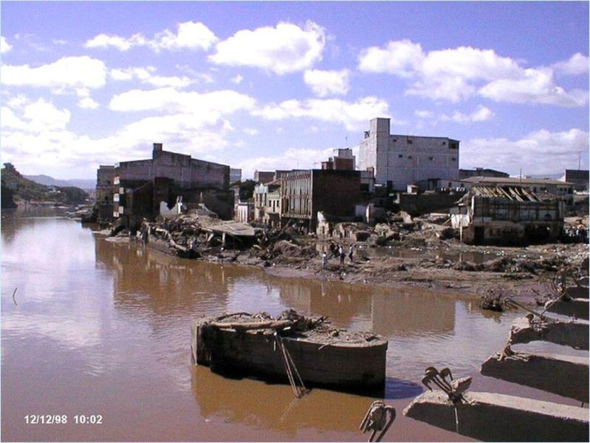 Flooding from Hurricane Mitch in Honduras.