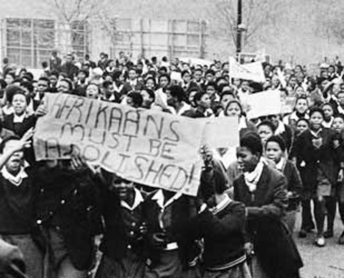 Students Marching and displaying their signs on 16 June 1976