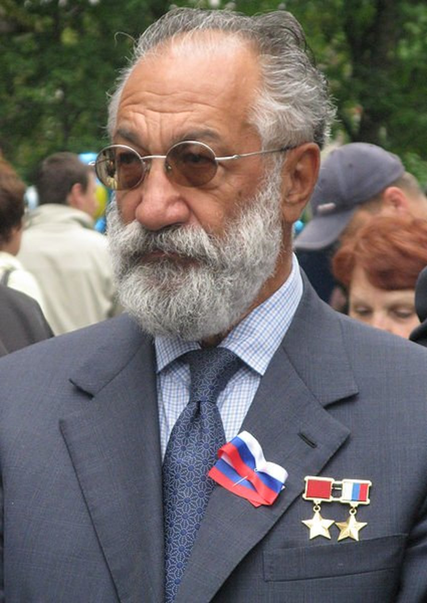 Artur Chilingarov, who planted the Russian flag on the North Pole seabed via submersible.  Image courtesy Wikipedia.