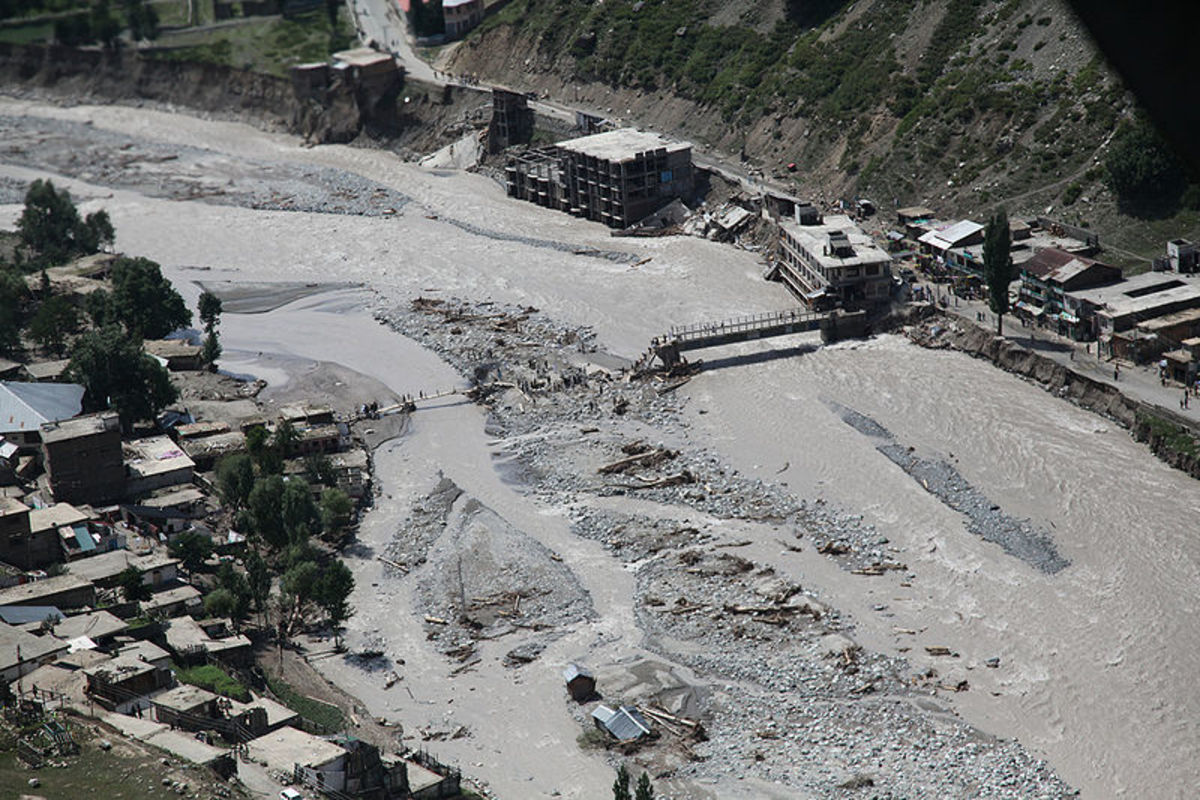 Flood-damaged bridge, Pakistan.  Image courtesy US DOD & Wikimedia Commons.