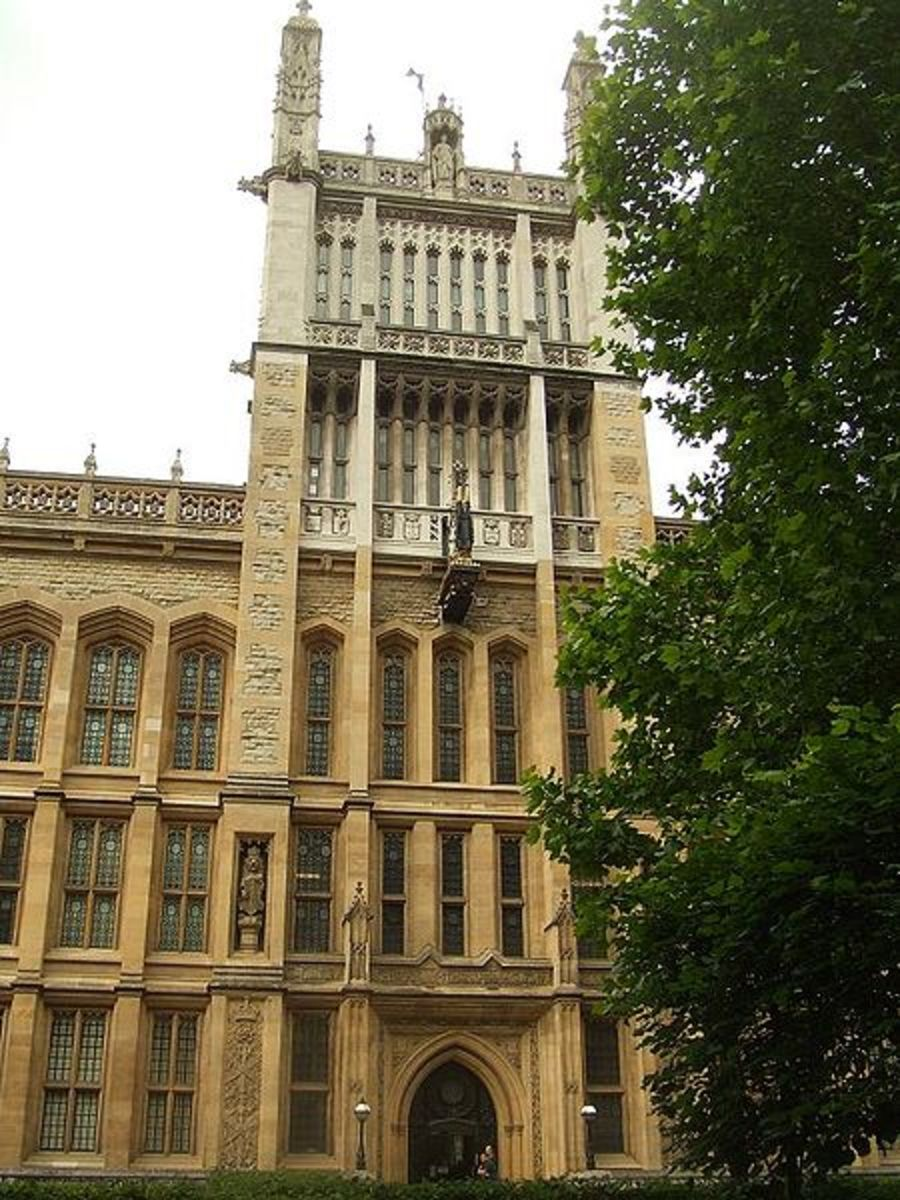 King's College London Library.  Dyer received the PhD in Military and Middle Eastern History from King's in 1973.