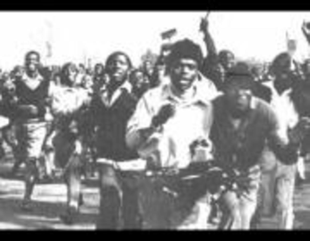 Students in running-mode during the 1976 revolt and prior to the revolt and massacre that was perpetrated by the police
