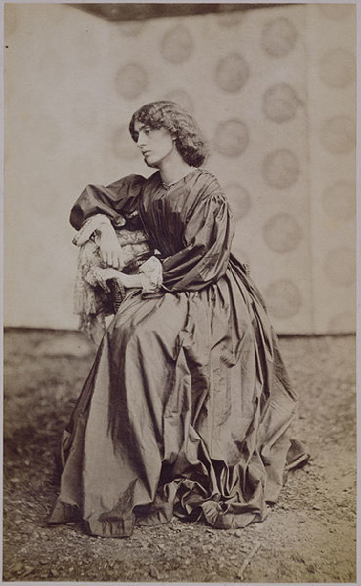Jane Morris photographed by John R Parsons, 1890. Courtesy Wiki Commons
