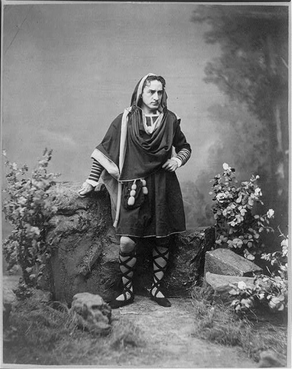 Edwin Booth as Hamlet, Act 5, Scene 1. Photo by J. Gurney & Son, N.Y., 1870.