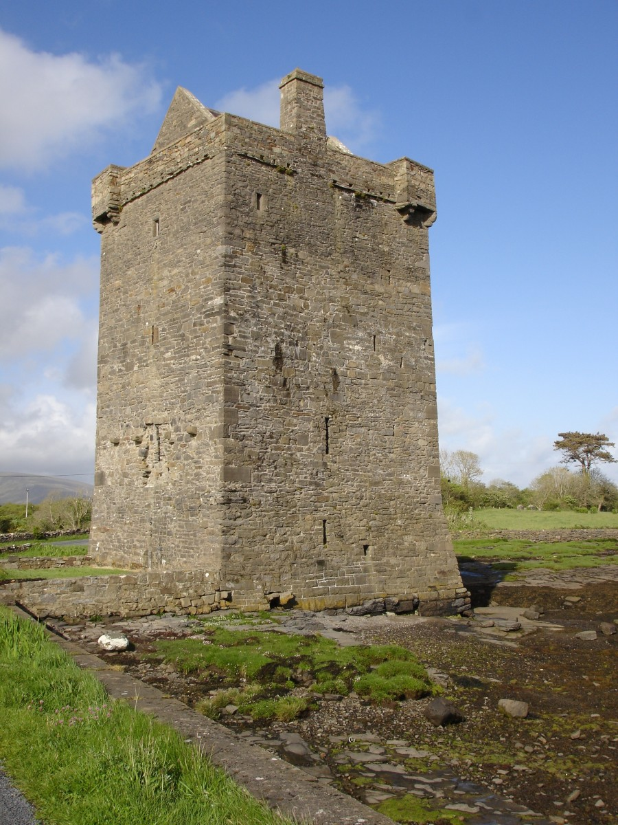 Rockfleet Castle, County Mayo. Grace O'Malley divorced Richard Burke but kept his castle.