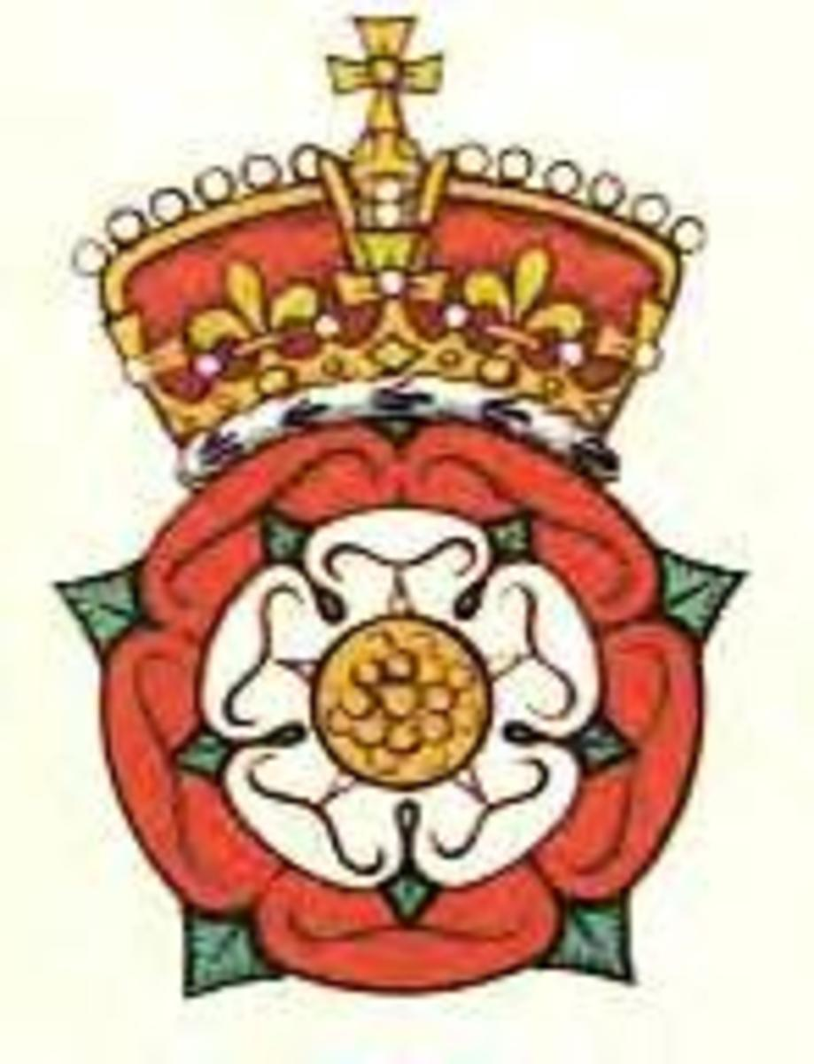 The Tudor Rose Crest