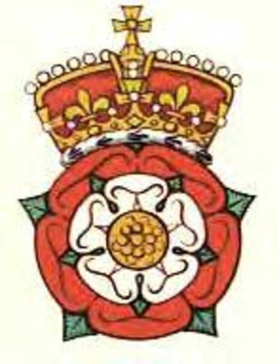 The Tudor Rose Crest