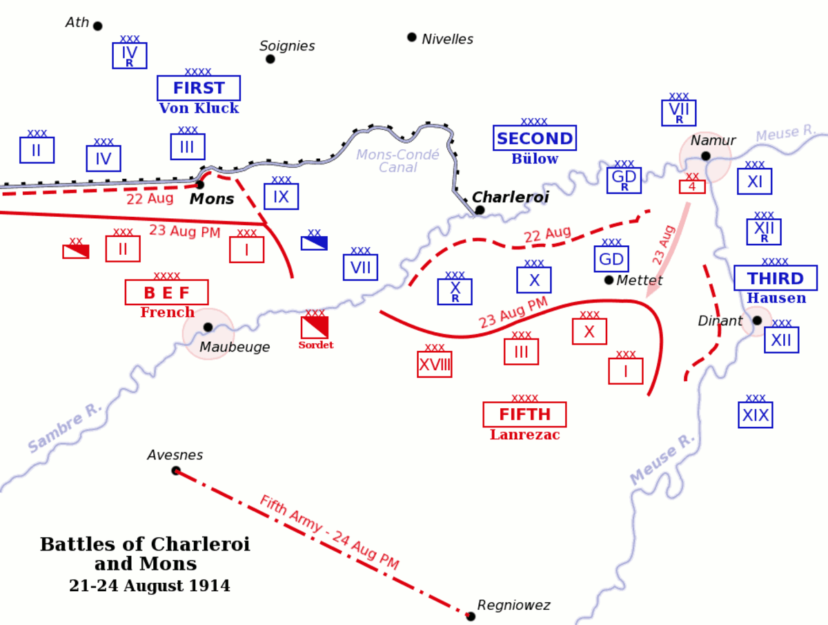 """Note: Newcomers to Great War maps can get confused when they see """"French"""" where British positions are. """"French"""" here refers to Sir John French, commander of the BEF. Lanrezac is the French General. Allies red; Germans blue."""