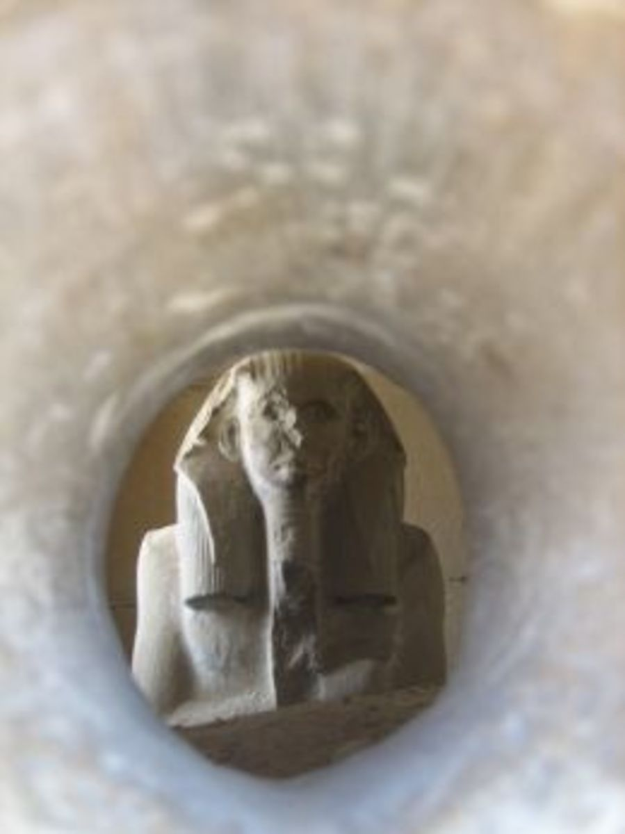 Copy of a statue of Pharaoh Djoser at Saqqara