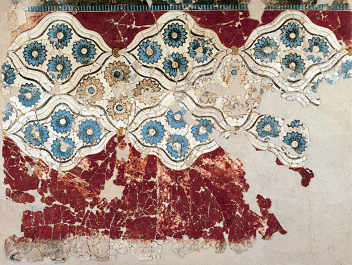 Sometimes the wall painters of Akrotiri went in for abstract floral patterns on their walls.